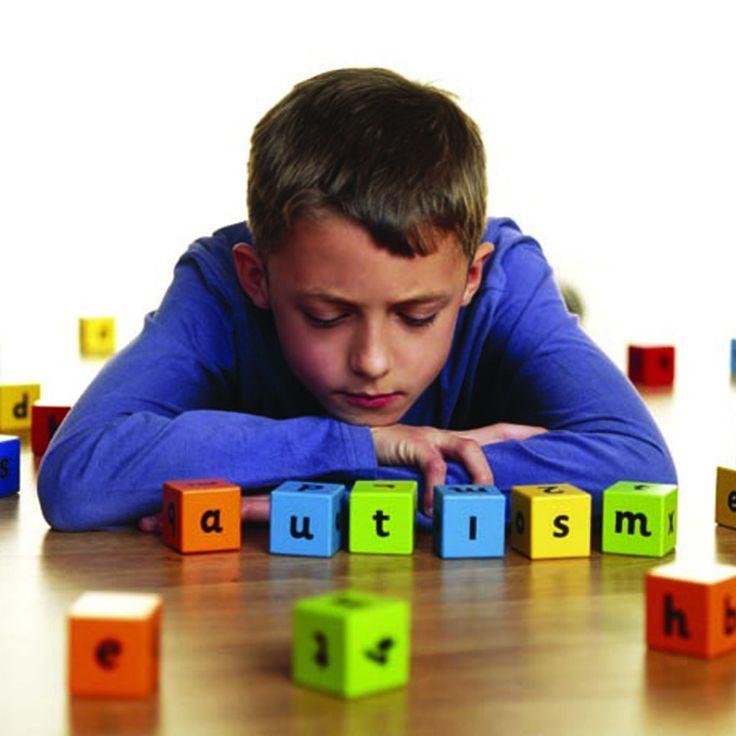 Iata care sunt primele semne ale autismului!