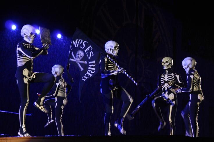 Dansa de la Mort, Processó del poble de Verges (Baix Empordà), en dijous sant.