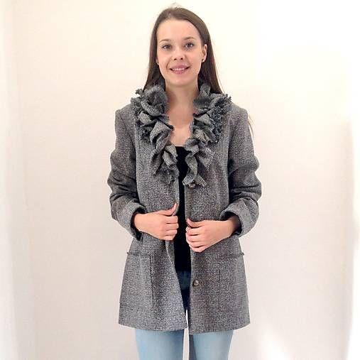 LuxuryCouture / Kabát šedý VOLÁNOVÝ