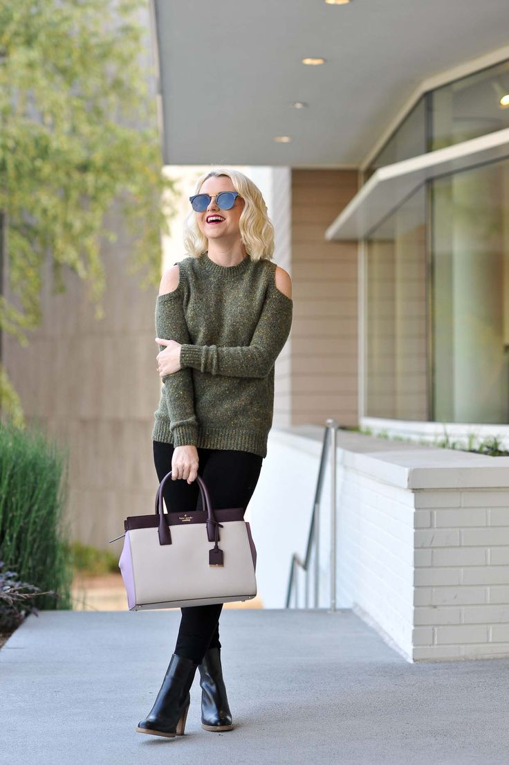 Poor Little It Girl - Cold Shoulder Sweater. Olive cold shoulder sweater+black denim+balck ankle boots+beige and purple handbag+sunglasses. Fall Everyday Outfit 2016