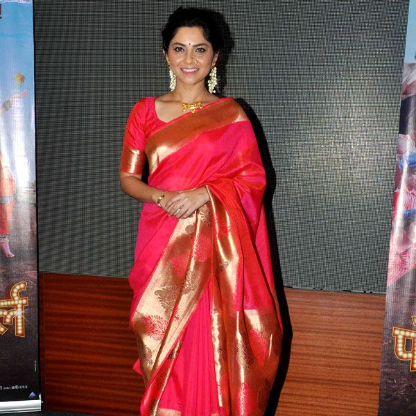 Sonalee Kulkarni at the trailer launch of #Marathi film #PoshterGirl. #Bollywood #Fashion #Style #Beauty #Hot #Desi #Saree