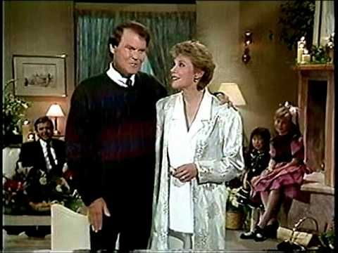 SILVER BELLS  with Glen Campbell and Anne Murray
