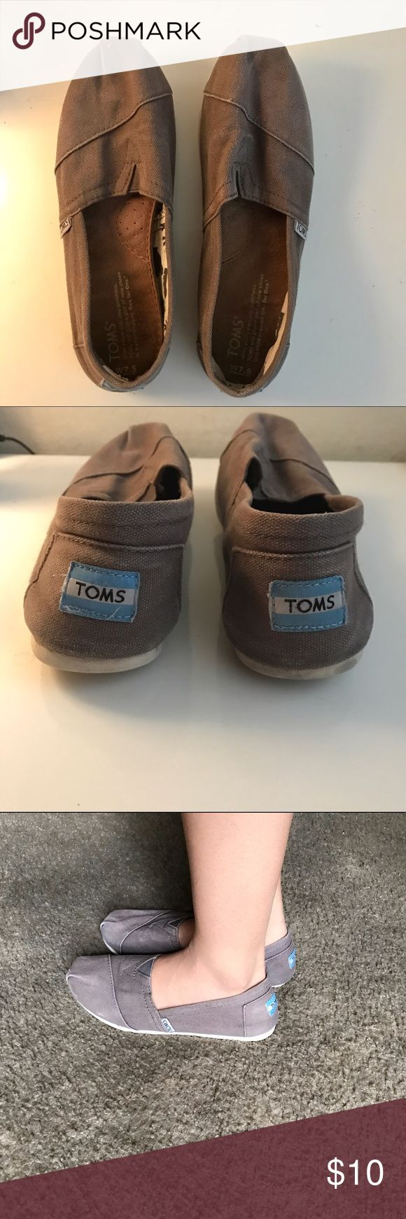 Gray Toms Flats. Size 7.5 Toms Espadrilles Casual Flats. Gray. Used. Size 7.5 TOMS Shoes Espadrilles