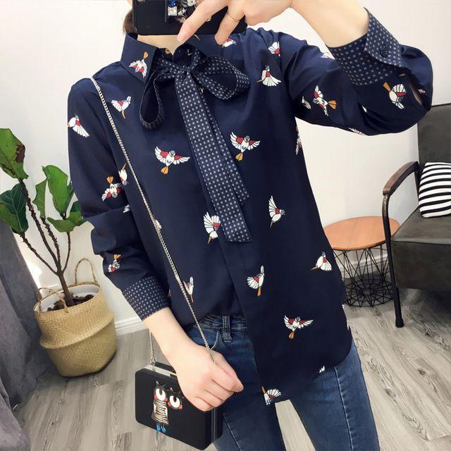 2017 женщин рубашка повседневная чистый цвет птица напечатаны кружевной отделкой рубашка шифон женщины топы блузка