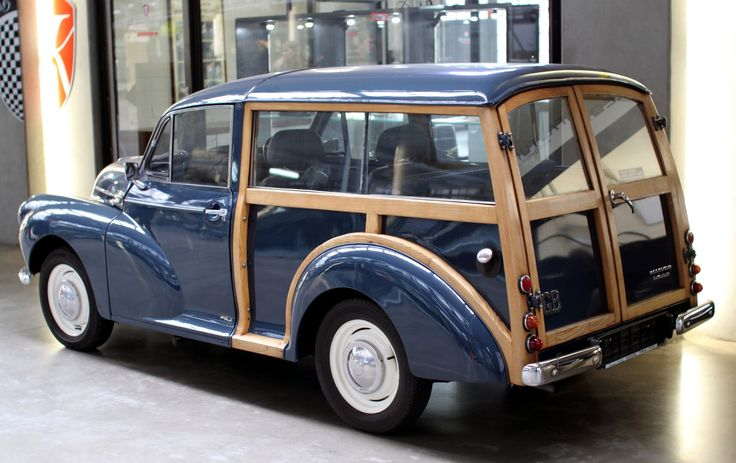 "Morris Minor 1000 Traveller ""Woody"" - Sin A Car"