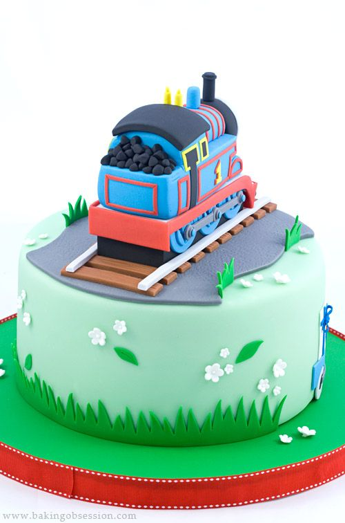 Cake Decorations Thomas The Tank Engine : 25+ best ideas about Thomas Tank Engine Cake on Pinterest ...