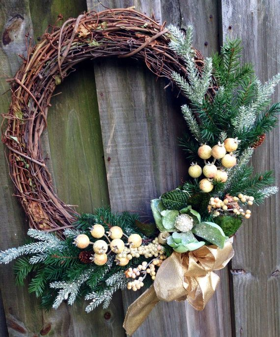 Winter holiday grapevine wreath in shimmery by ByJennaWithLove, $55.00