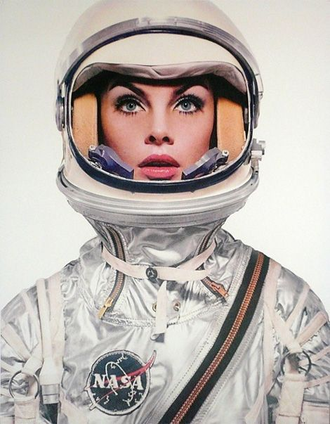 Jean Shrimpton (aka The Shrimp) suits up for the April 1965 special edition of Harpers Bazaar, edited and photographed by Richard Avedon (via Space Shrimp #2 | iainclaridge.net)
