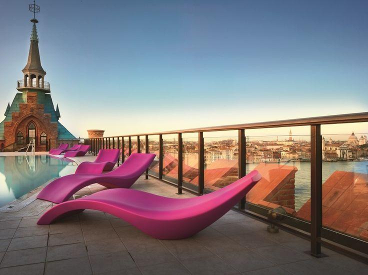 Outdoor Furniture www.myyour.eu   CLOE sunbed #pink