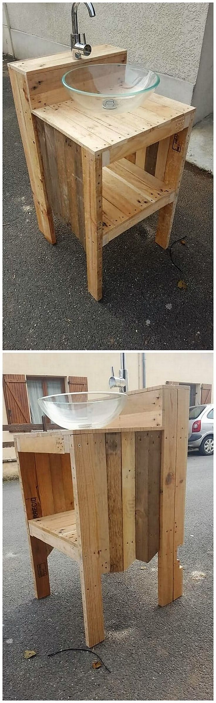 Majestic and such an innovative creation of the wood pallet sink has been  set out in