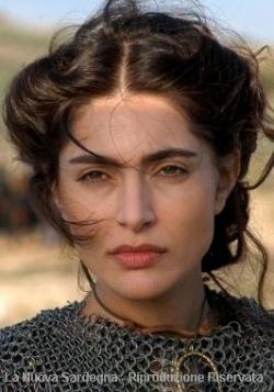 L'attrice Caterina Murino nei panni di Eleonora d'Arborea