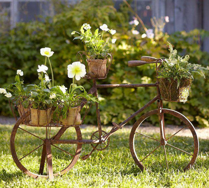 Fahrrad Als Blumentopfstander Fur Alle Radel Liebhaber Mit Garten Vin E Deko Garten Dekorieren