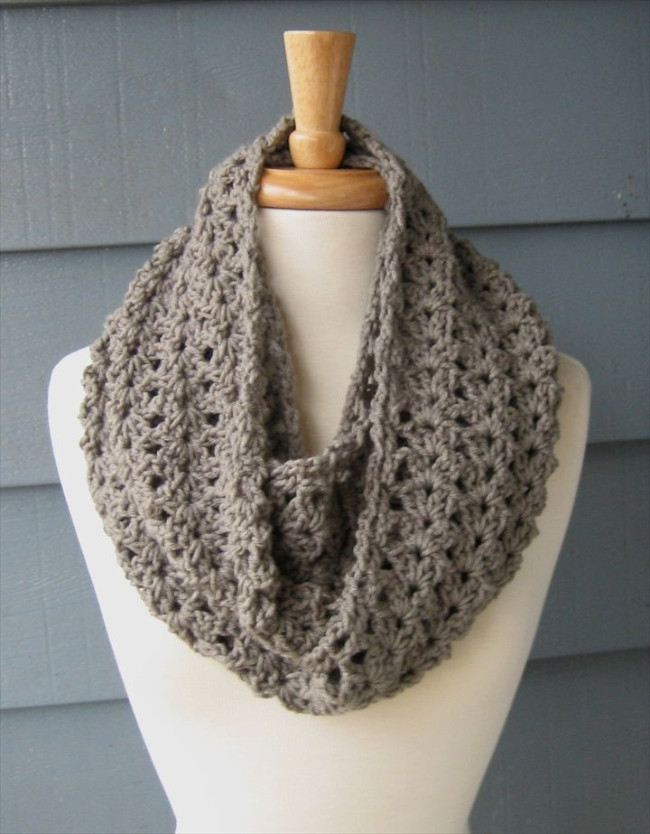 40 Super Easy Crochet Infinity Scarf Ideas Crochet Scarves Stoles Delectable Crochet Infinity Scarf Pattern In The Round