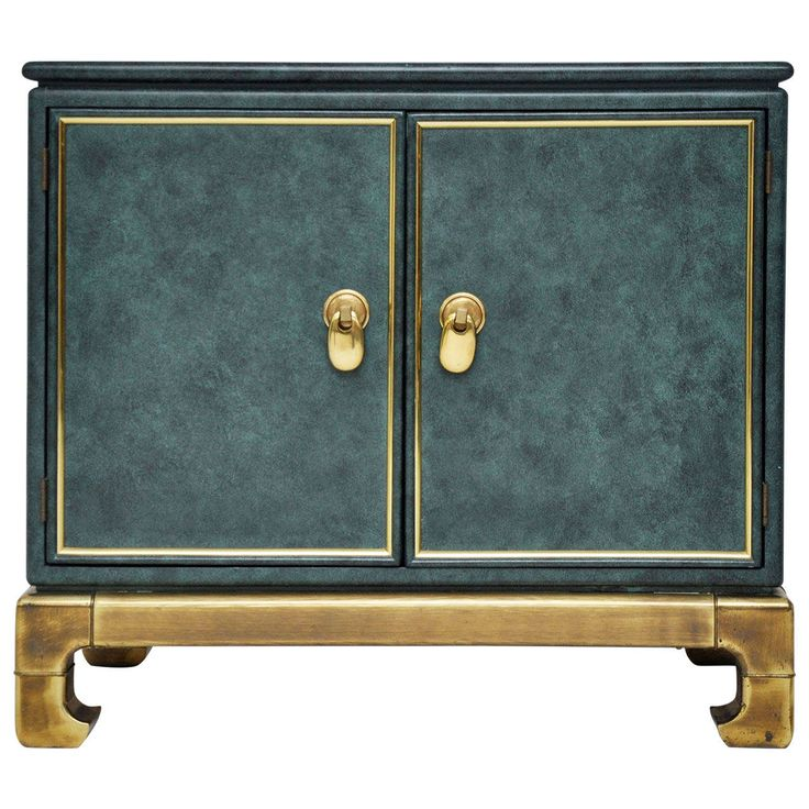 Mastercraft Chest | From a unique collection of antique and modern commodes and chests of drawers at https://www.1stdibs.com/furniture/storage-case-pieces/commodes-chests-of-drawers/