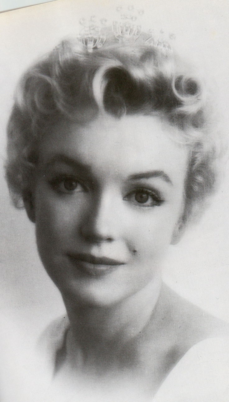 Norma Jean hard to believe she was ever this young, and so many people hurt her...she became Marilyn to protect Norma.............sad....rip Norma Jean Baker <3