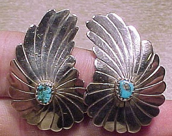 NAVAJO Sterling Silver and Blue TURQUOISE Wing Shape Clip On