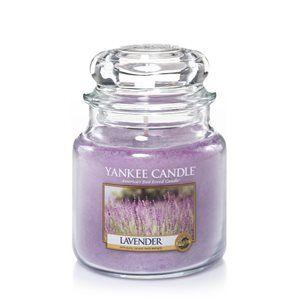 Lavender -  Lavendelbuntar bundna med ljung som är både lugnande och lyxigt.  #YankeeCandle #Lavender