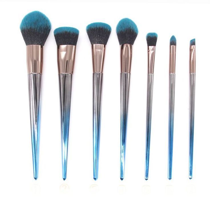 Makeup Artist Near Me Above Jessup Professional Makeup Brushes Set Arti Makeup Brush Set Professional How To Wash Makeup Brushes Makeup Artist Near Me