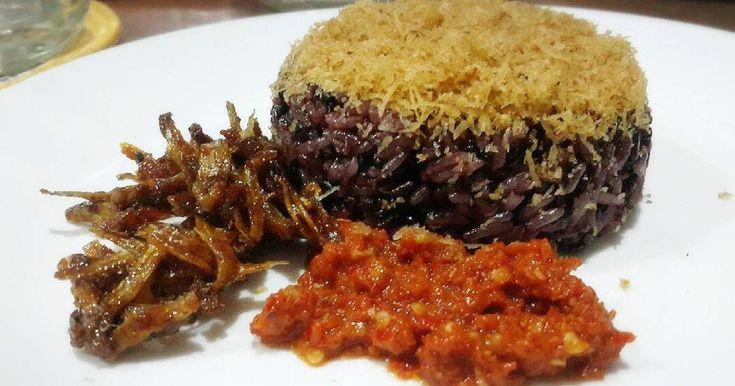 Songkolo Bagadang Kuliner Tengah Malam di Makassar - Kuliner Makassar