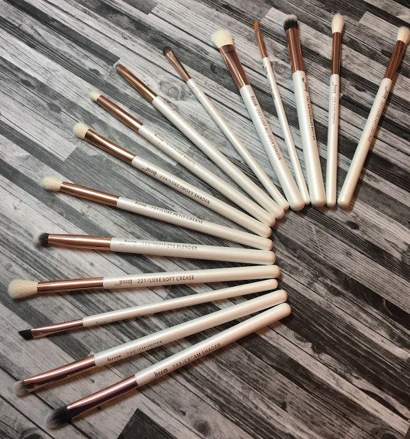 Mrs Q Beauty: Affordable Ebay Brushes (Jessup Brushes)