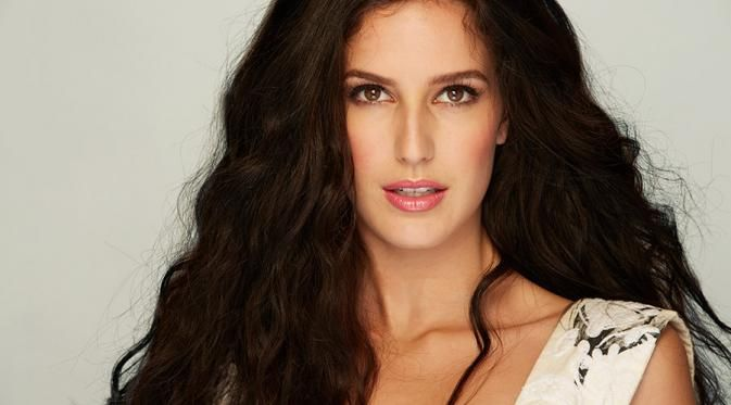 Isabelle Kaif to Debut in Bollywood Soon #katrinaKaif #bollywood #bollywoodactress #bollywoodcelebs #bollywoodmovies #hindimovies #movies #actress