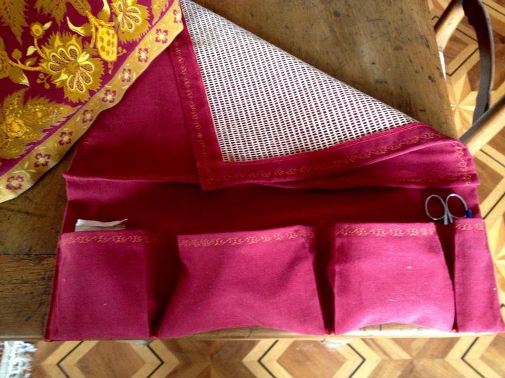 Antiglisse pour tapis et poches à rangements