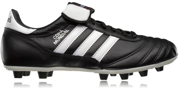 Fotbollsskor - ADIDAS COPA MUNDIAL. klassiska fotbollsskor för gräsplaner. Mer information om skorna: http://www.stadium.se/skor/barnskor/fotbollsskor/037872/adidas-copa-mundial