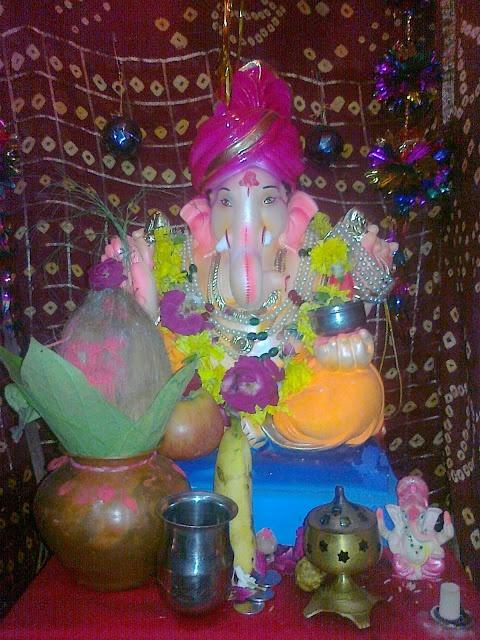 Lord Ganpati: Ganesh Chaturthi Ganpati Photo | Ganesh Names, Ganesh Mantra, Ganesh Wallpapers, Ganesh Images, Ganesh Photos, Ganesh Bhajans, Ganesh Temples, Ganesh Aarti