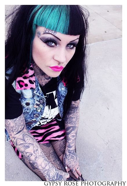 psychobilly, love her tattoos and hair colors!