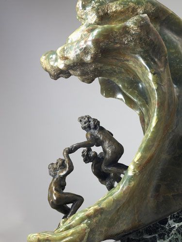 This incredible statue Camille Claudel made is one of my favourit artworks... People who are playing in the see and who are not aware from the danger behind them... There was so much meaning to her work!