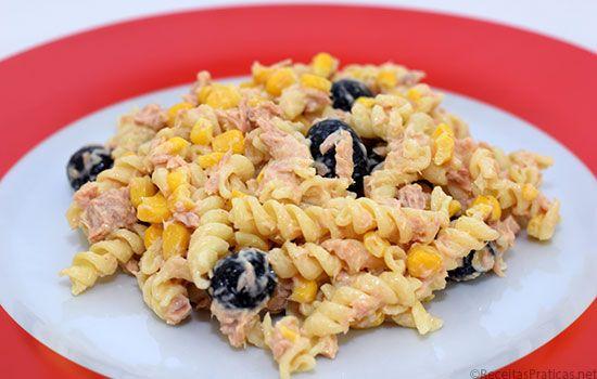Fusilli com atum e milho - http://www.receitaspraticas.net/fusilli-com-atum-e-milho/