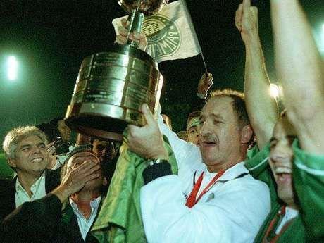 Felipão se consagrou na Libertadores de 99