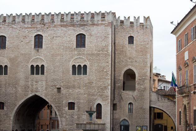 If you love Tuscany and Umbria then you will certainly love Le Marche.