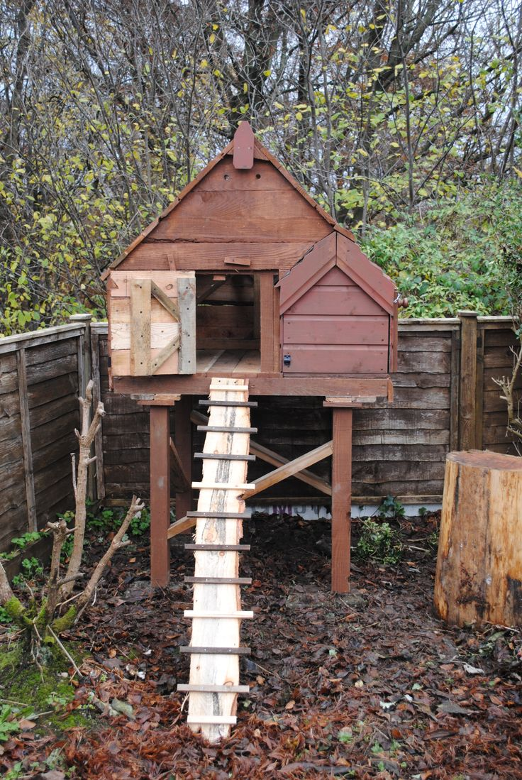 17 best images about backyard chicken coops on pinterest Chicken coop from pallet wood
