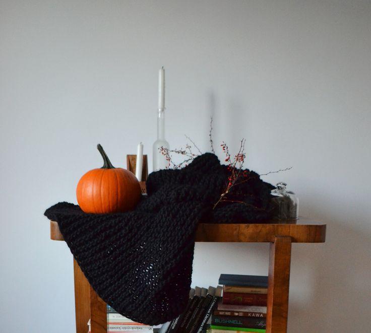 #halloween #decorations #blanket #wool #knitting #pumpkin