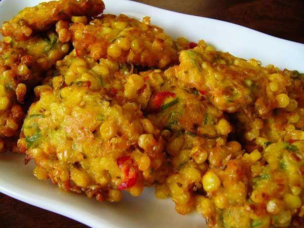 bakwan jagung, dadar jagung, corn fritters
