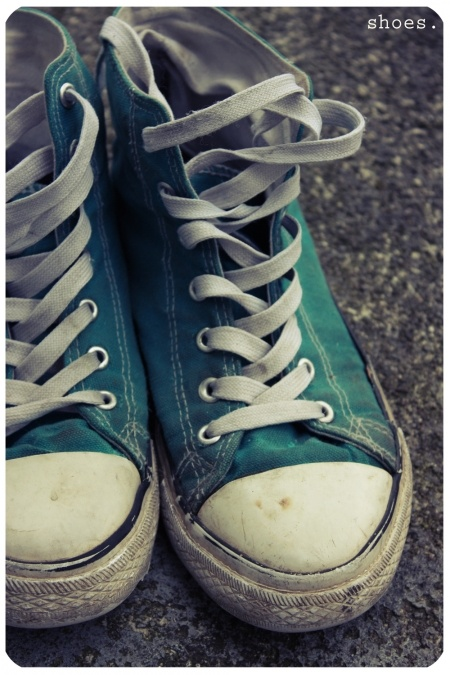 turquoise converse <3