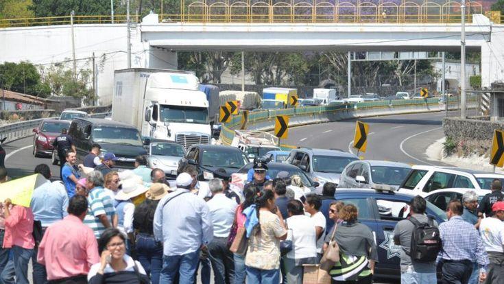 Damnificados logran audiencia con Rosario Robles tras bloqueo