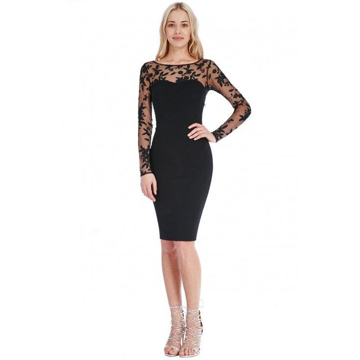Elegancka, czarna sukienka midi z siateczką i dekoltem w seduszko