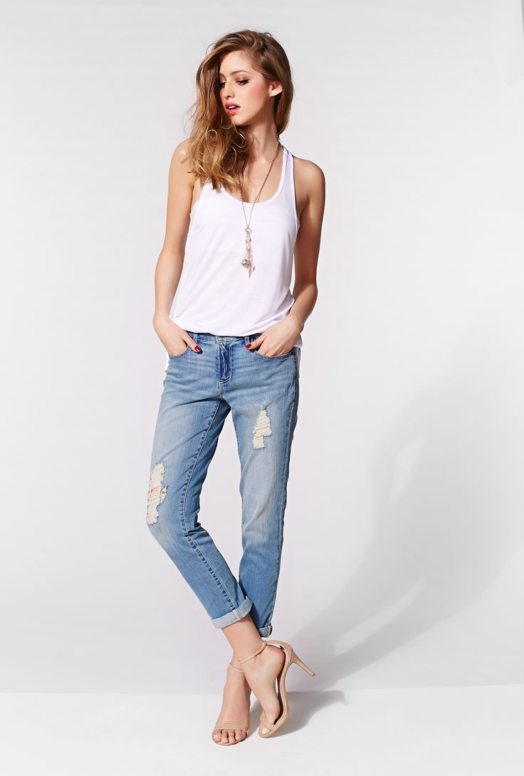 These medium wash distressed jeans are the perfect mix between comfort and style!