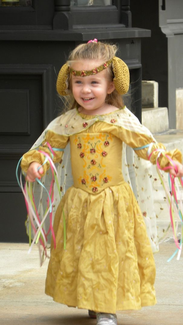 Best κουστούμια Images On Pinterest Costumes Boots And - Mom creates the most adorable costumes for her daughter to wear at disney world