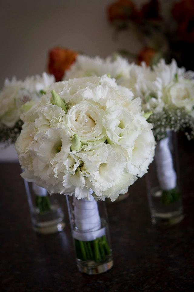 Wedding Bouquets With Lisianthus : White roses and lisianthus bouquet wedding bouquets