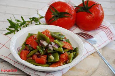 Bohnen-Tomaten-Salat - ganz flott den Sommer auf dem Tisch
