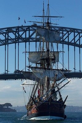 The replica of Captain Cook's ship HM Bark Endeavour arrives in Sydney Harbour after a 13 month 13,300 nautical mile circumnavigation of Australia. #AustraliaItsBig