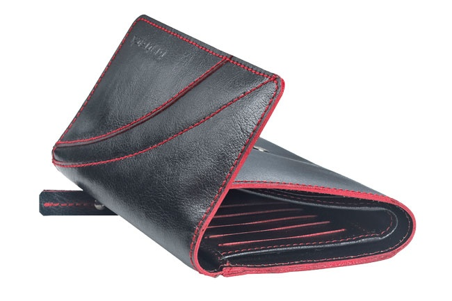 Flap over girls wallet in genuine cow leather . Contrast edge color and stitch detail. Wallets from Fastrack http://www.fastrack.in/product/c0322lbk01/?filter=yes=india=7=4&_=1334231917984