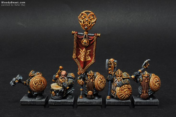 So this is unit of Dwarf Longbeards that took 1st Place in Warhammer Fantasy Regiment Category at The Fang 2014 Painting Competition and also it took The Best Of Show title. There on thing I would …