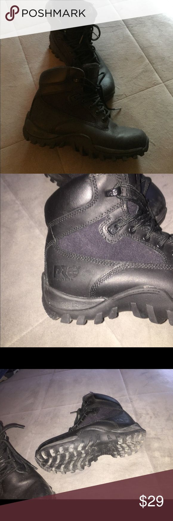 ☠️Boys timberland boots pro style Big boy size 5.5 timberland pro boots worn once one flaw on the boots my son must have kicked his foot and put a scuff in the front I used a light to highlight the flaw cause since they are black u really can't see it I just wanted to make sure the buyer is aware it's there but most kids are going to be tuff on there shoes and boots Timberland Shoes Boots