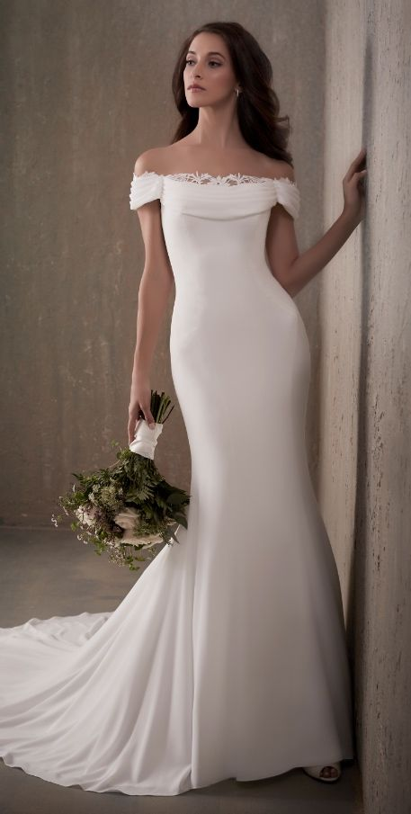 Best Robes De Mariage Images On Pinterest