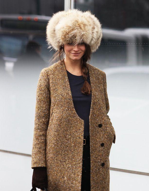 cjic coat, fur hat: