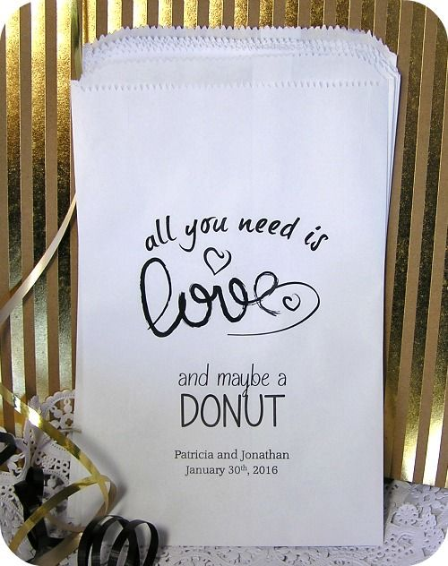 Custom wedding donut bags - wedding reception - donut bags - donut bar - donut buffet- Perfect for the Morning after the wedding!!!